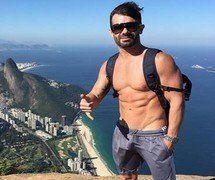 Jorge Souza caiu na web com vídeo íntimo