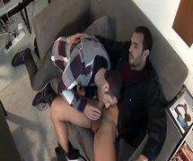 Moreno pirocudo tesudo dando uma coça de pau no gay